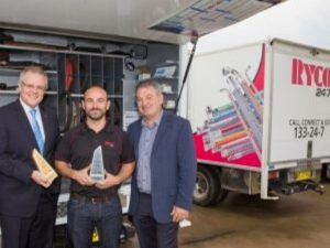 Treasurer drops in on a local business success story